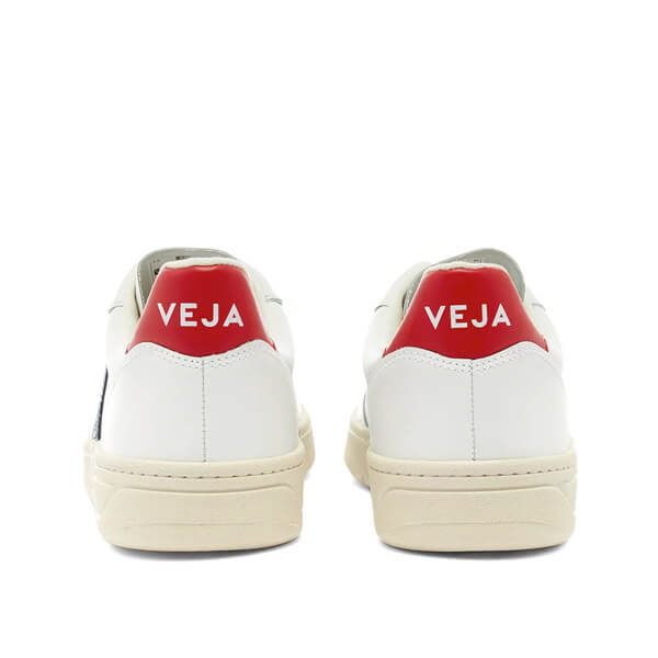 https://www.curatedmenswear.com/wp-content/uploads/2020/09/veja2.jpg